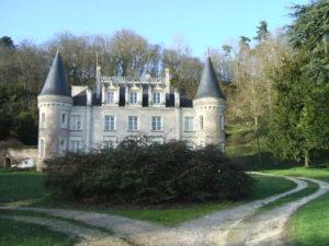 Château et abbaye de Moncé